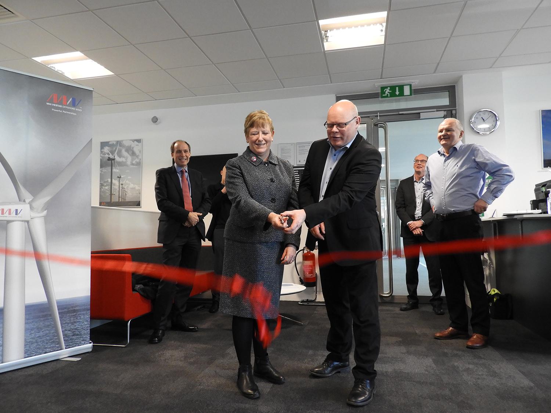 Mhi vestas opens new office in the uk energies de la mer - Chief operating officer traduction ...
