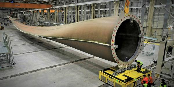 EDM 23 04 019 worlds first 100 metre wind turbine blade LM Wind GE