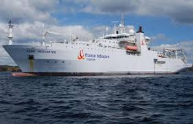 FT Marine pose le premier câble en France pour les énergies marines  renouvelables.