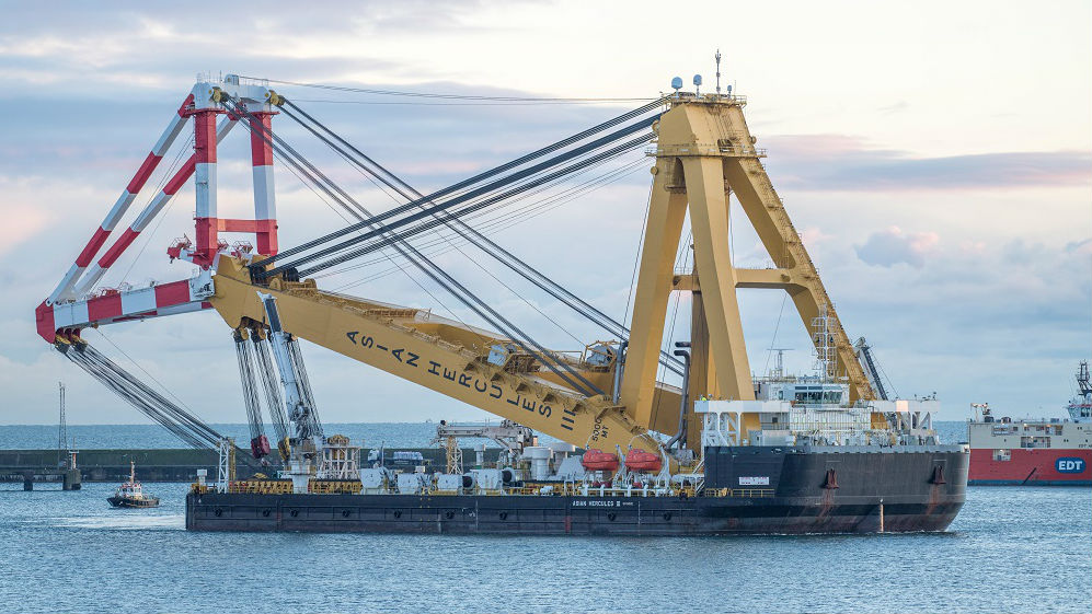 EOWDC, le plus grand Centre européen de déploiement éolien offshore est paré pour la pose des Jacket
