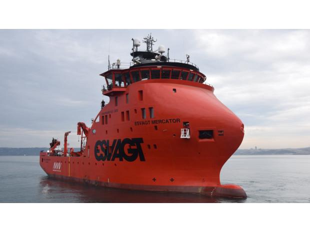 Esvagt Mercator est baptisé et en service pour Belwind et Nobelwind