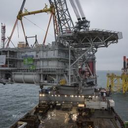 DEME : Merkur Offshore a reçu le topside de sa sous-station électrique