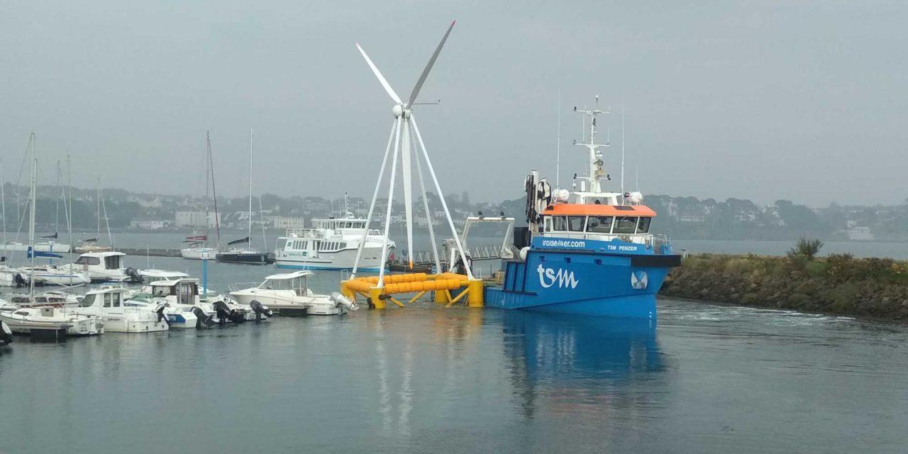 EOLINK sur le quai est prête à flotter