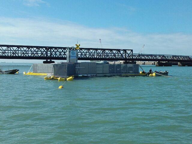HACE sera remontée à quai dès la fin du travail des plongeurs