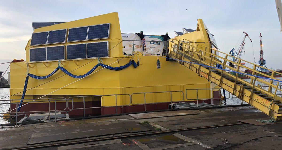 Inauguration du proto houlomoteur IHES avant son départ pour SEM-REV
