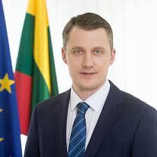 Ministre Zygimantas Vaiciunas EDM 12 08 019