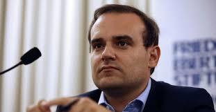 Alexandre Holroyd est chargé d'une mission sur la finance verte en Europe