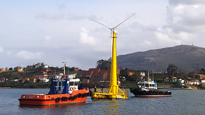 Le démonstrateur éolien flottant BlueSATH de Saitec devrait partir lundi de Santander