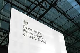 UK: La stratégie pour créer 2 millions d'emplois verts d'ici 2030 incluent l'énergie renouvelable en mer