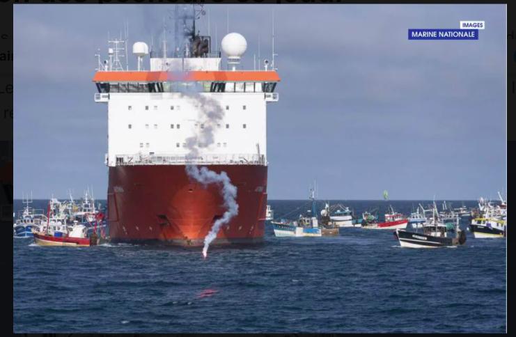 Incidents entre pêcheurs et le navire Aethra opérant sur le parc éolien de Saint-Brieuc