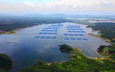 Cirata : L'Indonésie construit l'une des plus grandes centrale solaire flottante avec les EAU